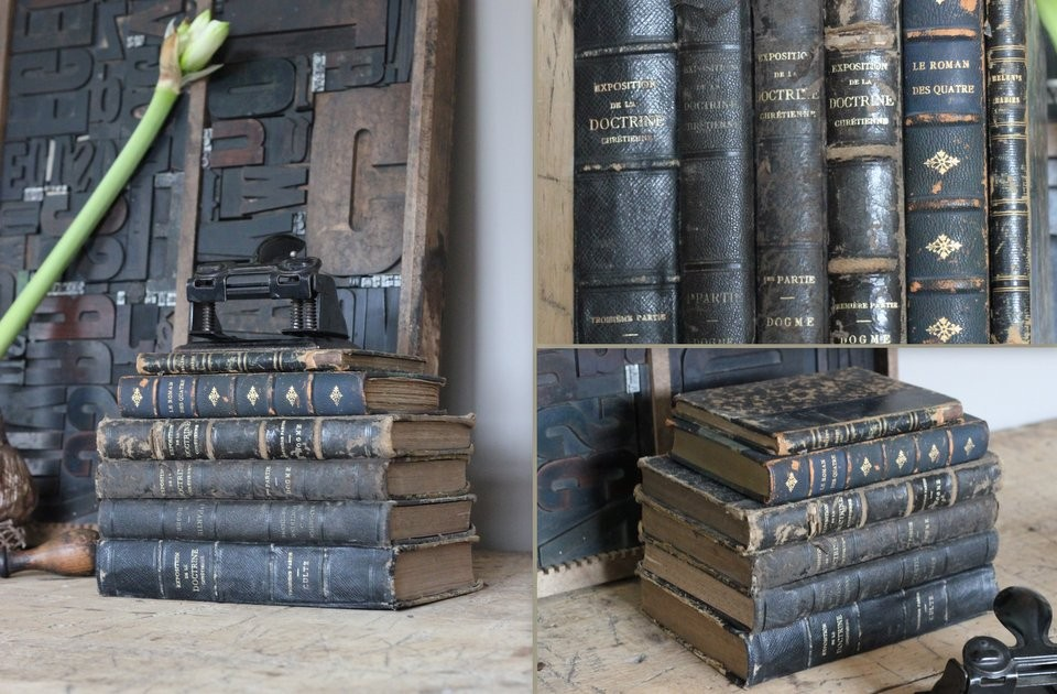 Stapel oude boekjes zwart 6 stuks